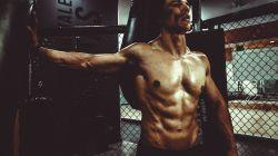 """7+ mýtů o posilování břišních svalů - takto se """"pekáč"""" buchet neudělá"""