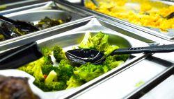 Jídelníček pro ploché bříško. Poradíme, jak se správně stravovat.